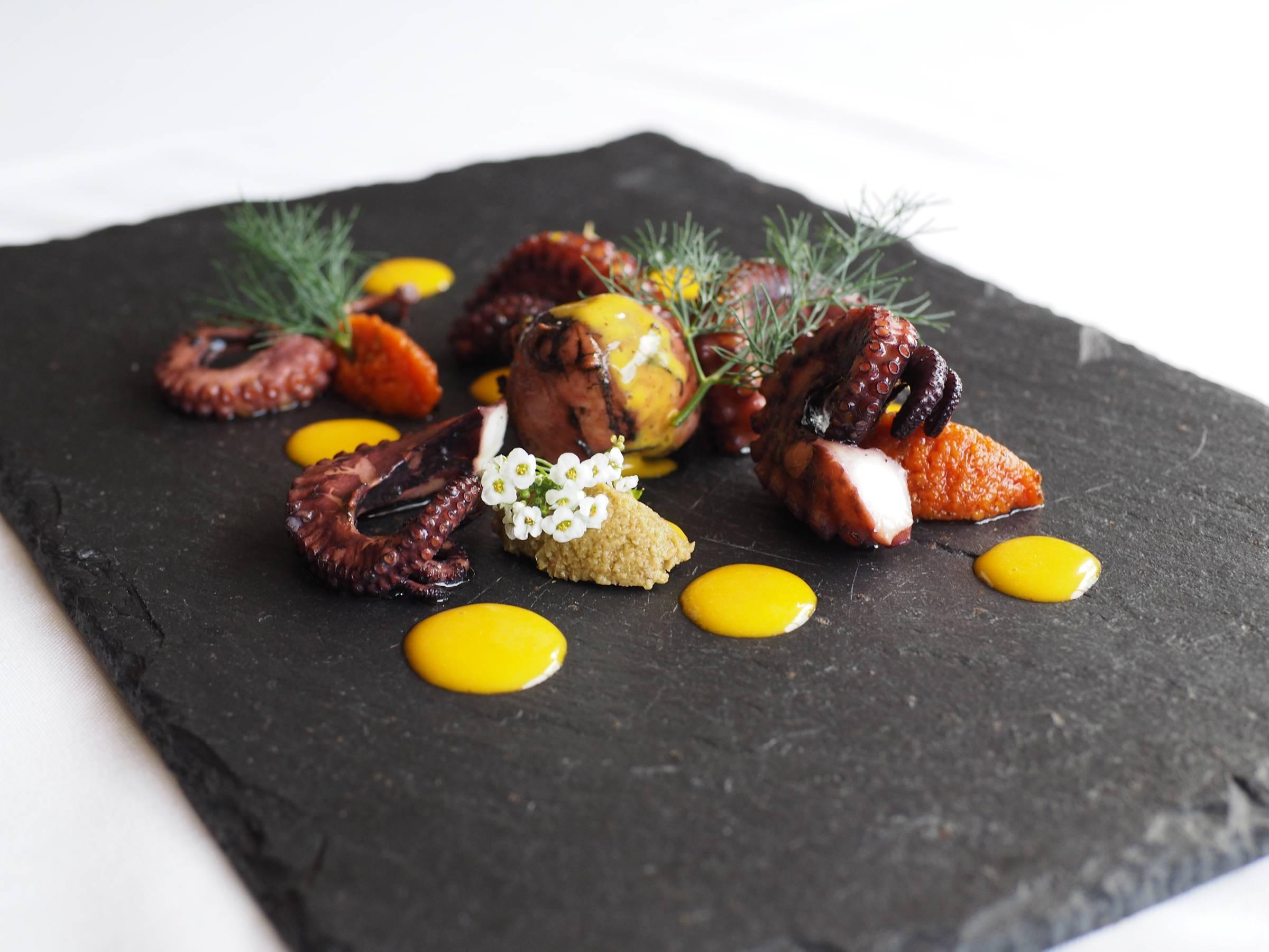 Le chef Sébastien Giraud du restaurant Au fil du temps livre ses recettes.